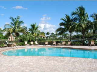 Naples Real Estate - Community DELASOL Photo 4