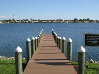 Naples Real Estate - Community EMERALD LAKES Photo 5