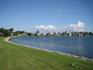 Naples Real Estate - Community EMERALD LAKES Photo 6