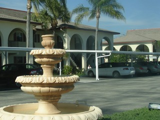 Naples Real Estate - Community FOUNTAINS Photo 5