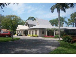 Naples Real Estate - Community BAY FOREST Photo 3