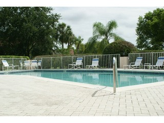 Naples Real Estate - Community CRESTVIEW AT CRESCENT LAKE Photo 2