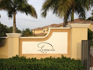 Naples Real Estate - Community LEMURIA Photo 2