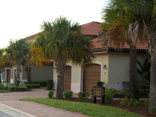 Naples Real Estate - Community BELLA VITA Photo 2