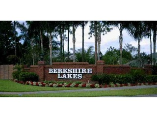 Naples Real Estate - BERKSHIRE LAKES Main Community Photo