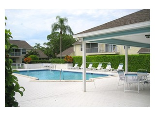 Naples Real Estate - Community BERKSHIRE VILLAGE Photo 4