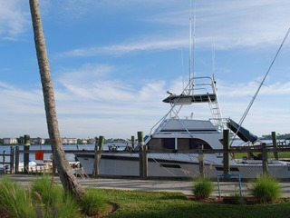Naples Real Estate - Community OLDE NAPLES SEAPORT Photo 5