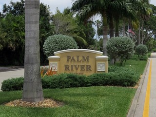 Naples Real Estate - Community PALM RIVER Photo 4