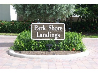 Naples Real Estate - Community PARK SHORE Photo 2