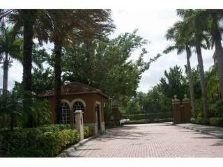 Naples Real Estate - Community RESERVE AT NAPLES Photo 2