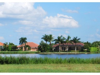 Naples Real Estate - Community ROYAL PALM GOLF ESTATES Photo 6