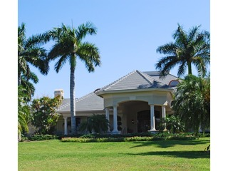 Naples Real Estate - Community STONEBRIDGE Photo 2