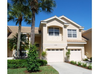 Naples Real Estate - Community STONEBRIDGE Photo 6