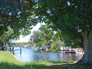 Naples Real Estate - Community BONITA SHORES Photo 4