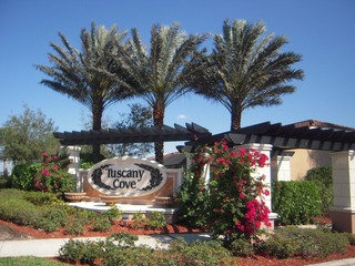 Naples Real Estate - Community TUSCANY COVE Photo 2