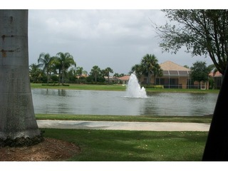 Naples Real Estate - Community VERONA WALK Photo 2