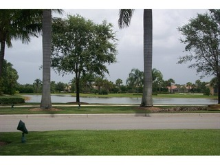 Naples Real Estate - Community VERONA WALK Photo 3