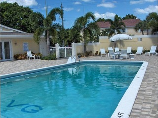 Naples Real Estate - Community VILLAGE GREEN Photo 2