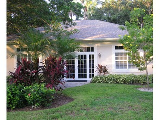 Naples Real Estate - Community WALDEN OAKS Photo 2