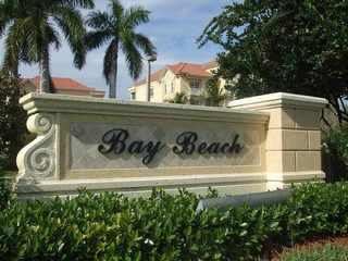 Naples Real Estate - Community WATERSIDE AT BAY BEACH Photo 2