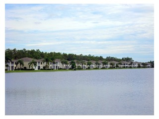 Naples Real Estate - Community CROWN POINTE Photo 5